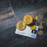有料ツールは月払いすべきか、それともお得な年払いにすべきか。
